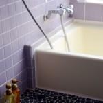 入浴拒否には理由がある。「お風呂に入りたくない」という言葉の裏にひそむ気持ちを考えてみよう。